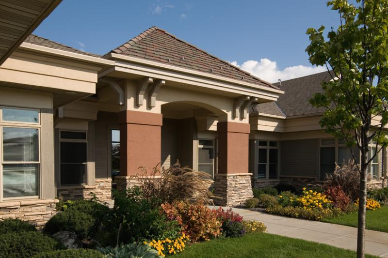 Front view of the vein clinic in MN.